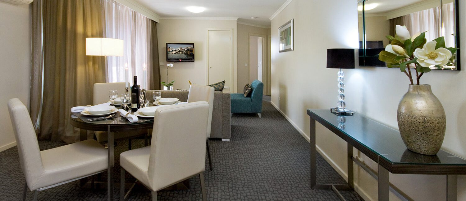 Canberra-1-bedroom-suite-living | Pacific Suites Canberra